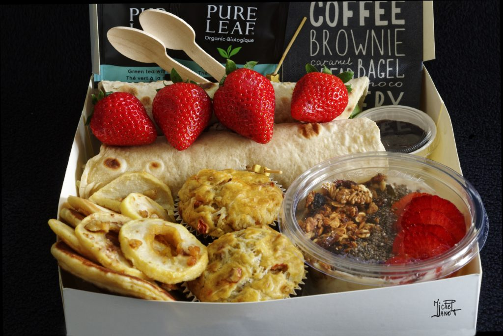 This image has an empty alt attribute; its file name is box-brunch-1024x684.jpg